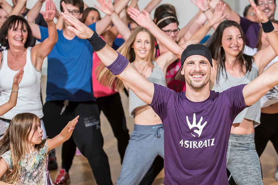 4STREATZ® #tanzwiedubist - Das erste Dance-Fitness-Workout im Family Club in Erfurt!